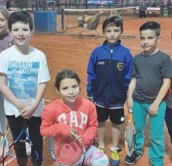 tenis escuelita